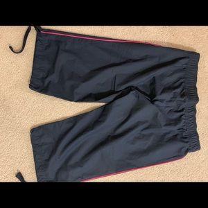 Nike Ladies Cropped Pants - Sz Lg